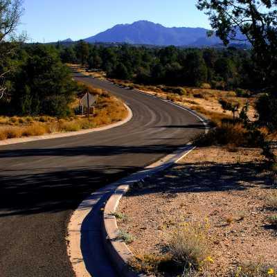 curved beaverhead flat road in prescott